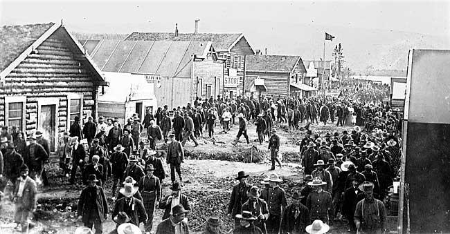 Dawson City, ville témoin de la ruée vers l'or du Klondike. Histor10
