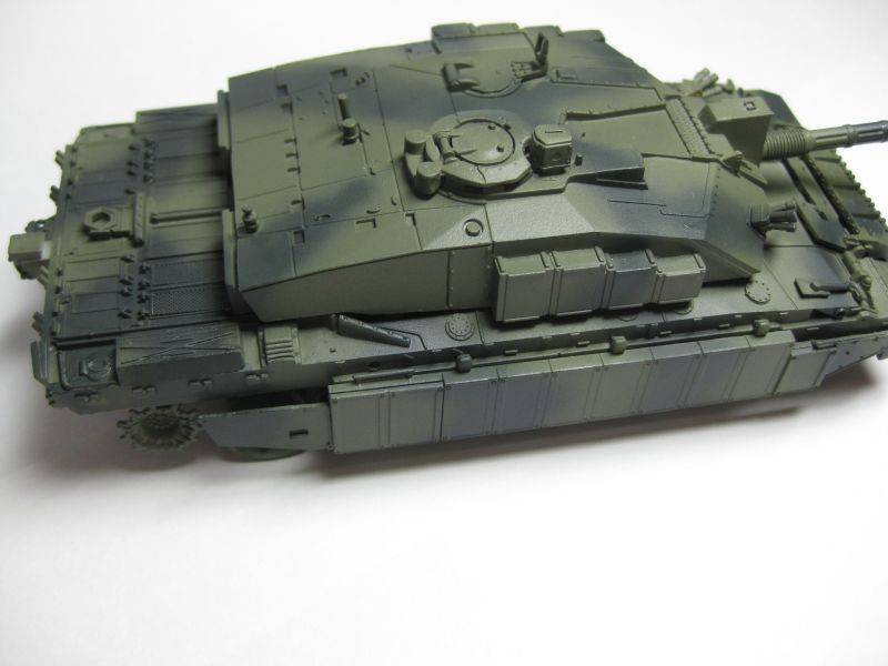 Challenger 2 w/Bar Armour Challe12