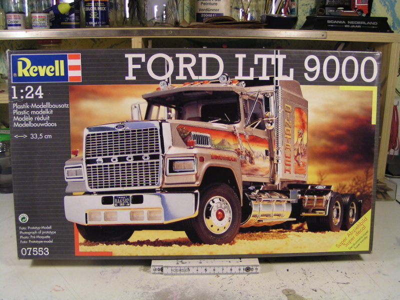 Ford LTL 9000 1:25 von Revell 00110