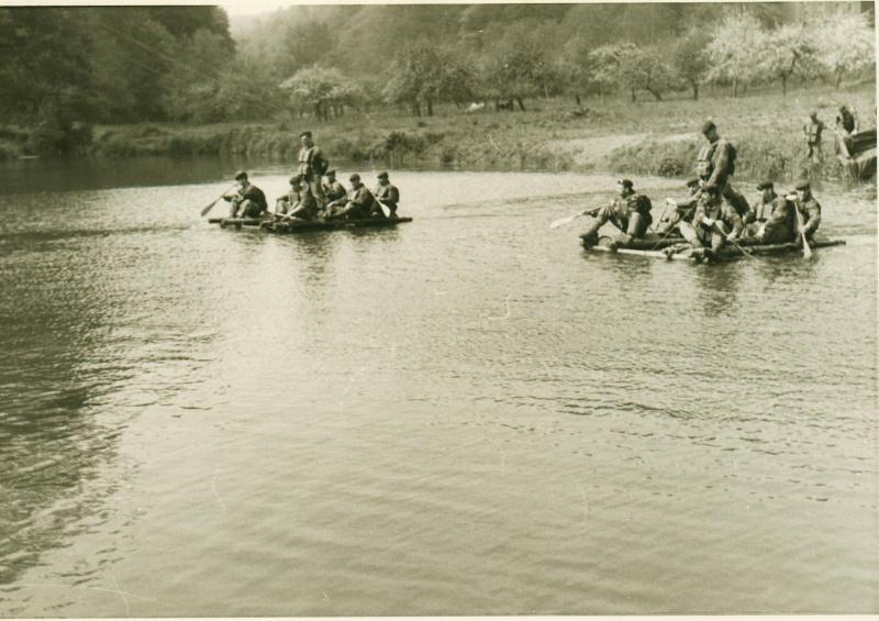 Marche-les-Dames 1963: exercices nautiques. Serge_27