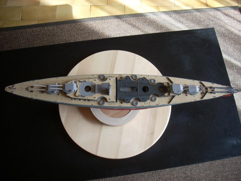 Bismark Revell avec photodécoupe et pont bois. - Page 2 2810