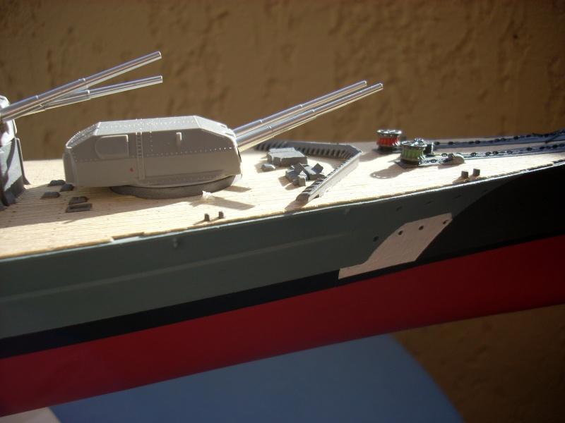 Bismark Revell avec photodécoupe et pont bois. - Page 2 4010