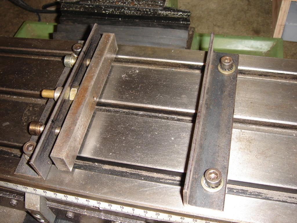 fabrication d'un étau de fraisage grand modèle économique Dsc00720