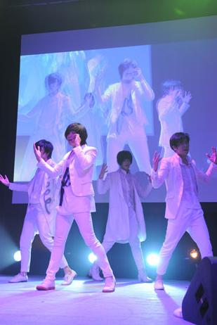F.cuz annonce leur premier single japonais 7843-h10