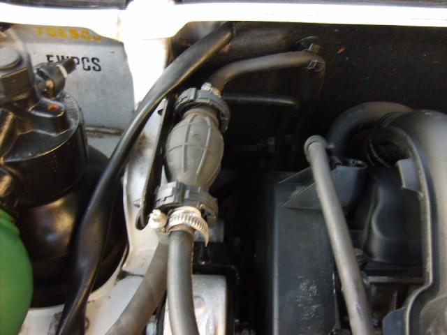 411 de Jean-Marie33 en panne de gasoil Pompe210