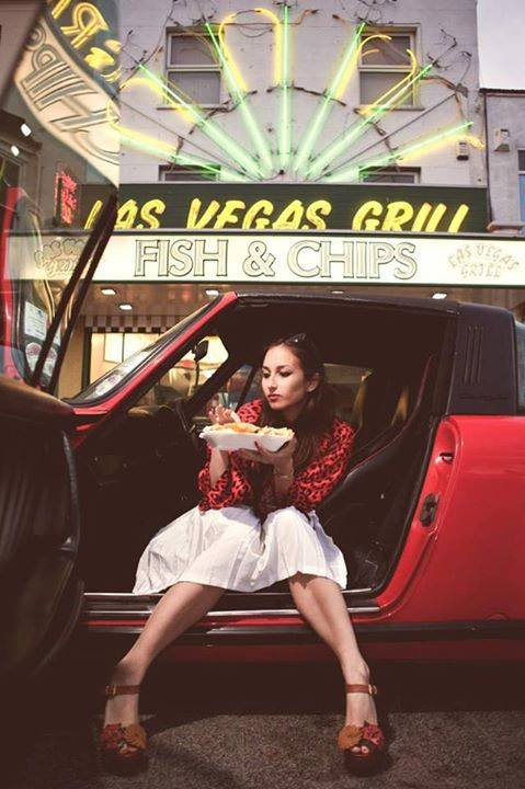 Porsche and Girls - Page 11 11796310