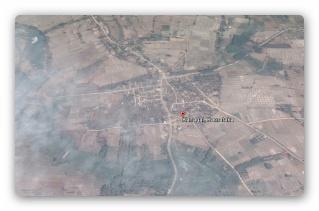 Inde - Un OVNI et un extraterrestre observés le 1er Octobre 2015 près de Kanagal Big_ar10