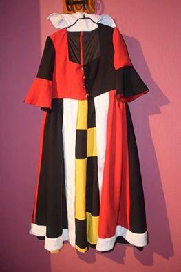 [Costumes] Robes de Princesses et tenues de Princes - Page 2 12122610