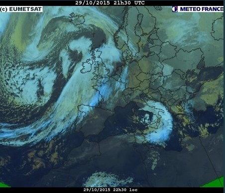 phénomènes climatiques à répétition : cyclones - Page 39 Cart2912