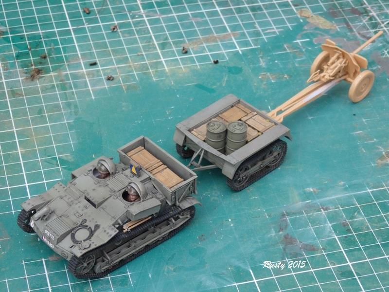 Chenillette Renault UE et canon de 25 [Tamiya et Heller 1/35] Pa052514