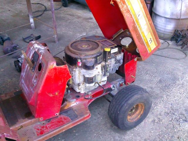 power mower Capot_11