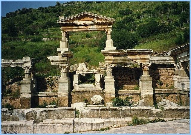 Monuments, gares, châteaux,... dans le monde Ephase10
