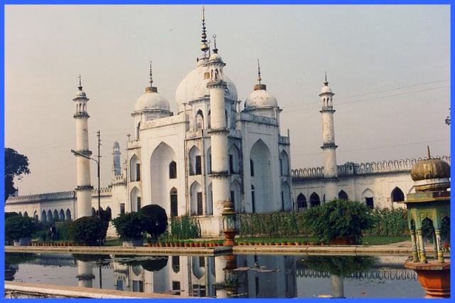 Monuments, gares, châteaux,... dans le monde Palace10