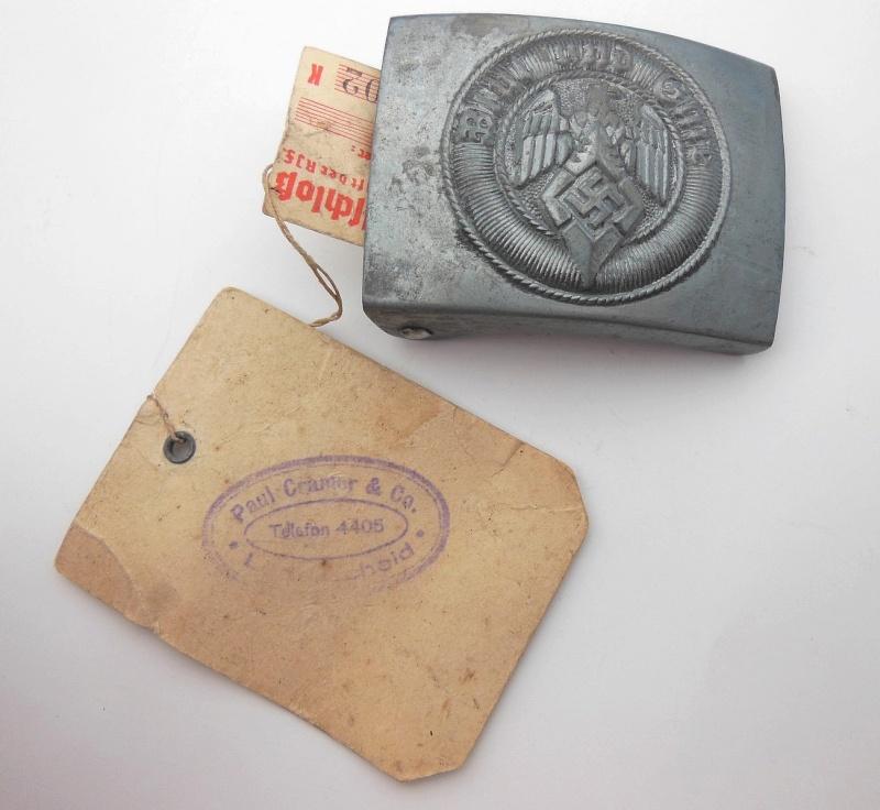 Boucle HJ (zinc) avec étiquette RZM et étiquette fabriquant- RZM M4/44  Dscn5916