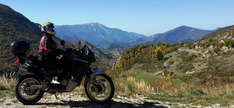 """Concours photo octobre : """"Votre moto et vous"""". - Page 2 5_cris10"""