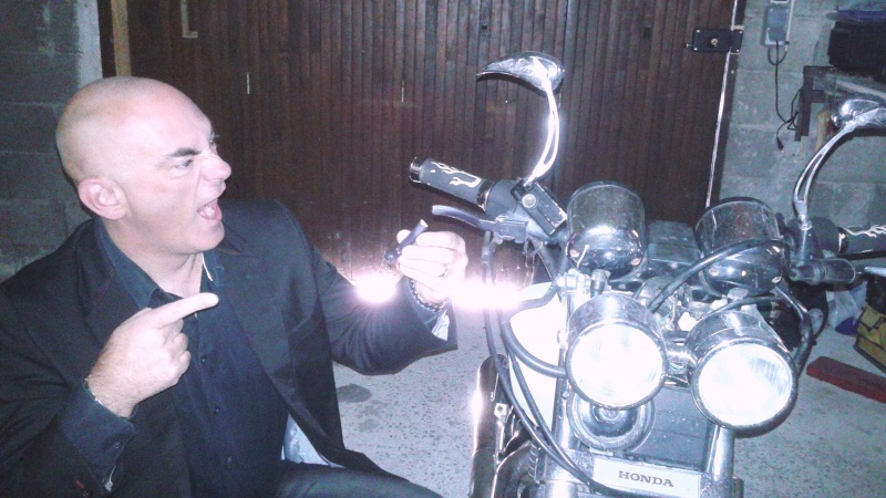 """Concours photo octobre : """"Votre moto et vous"""". - Page 2 9_stef10"""