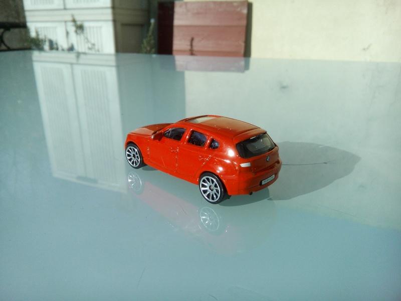 les ptites autos de romeo :) Img_2094