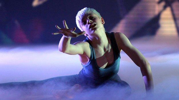 James Hobley - Britain's Got Talent 2011 audition  - Page 2 Image210