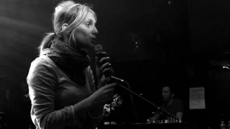Mélanie Laurent - Les coulisses de l'album (En t'attendant !) Vlcsna25