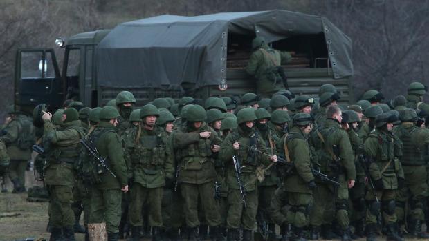 Les Russes arrivent  47677610