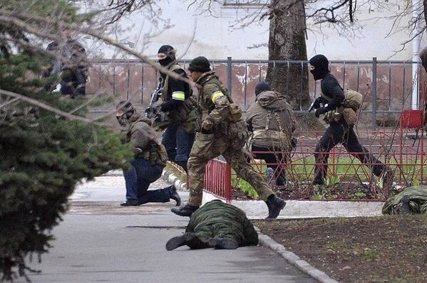 Les Russes arrivent  7vp87f10