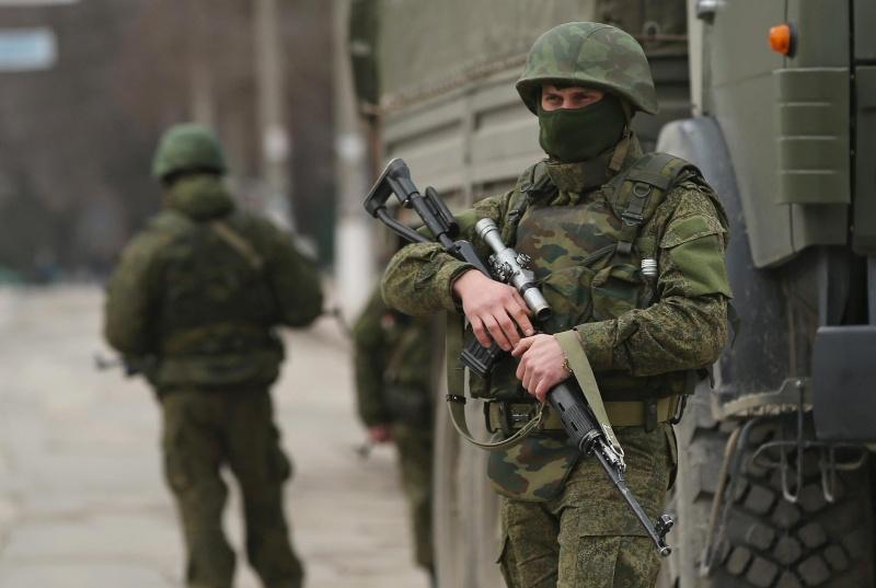 Les Russes arrivent  Rf3310