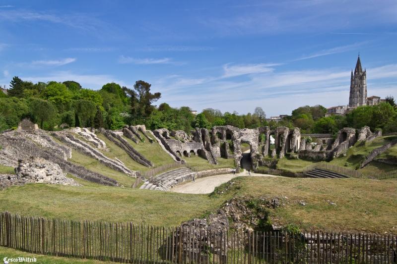 Amphithéâtre de Saintes Img_0533