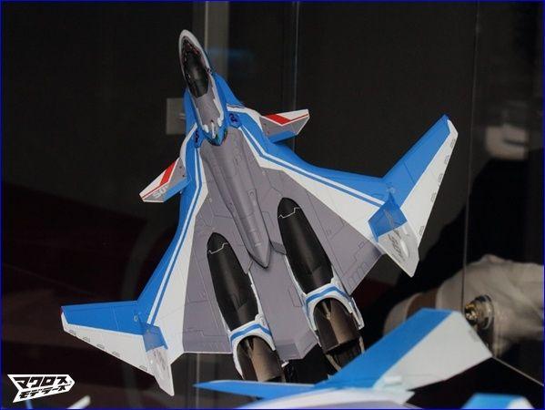 VF-31 Et SV-262  Bandai  bientôt dans vos vitrines Vf_31_10