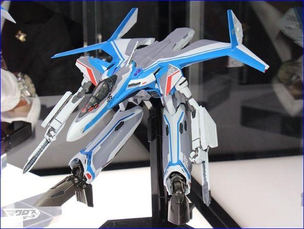 VF-31 Et SV-262  Bandai  bientôt dans vos vitrines Vf_31_11