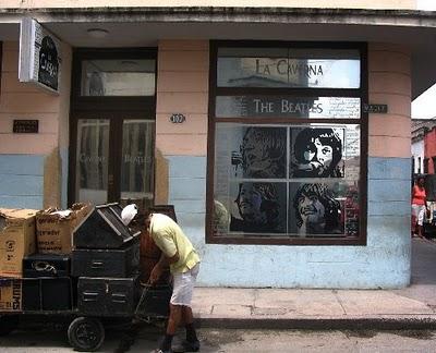 La Caverna y Los Beatles en Holguin Cuba_b10