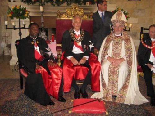 El Rey de Ghana investido Caballero de Malta King-a10