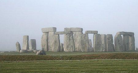 STONEHENGE Stone610