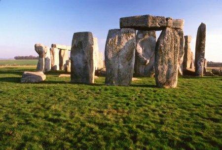 STONEHENGE Stone810