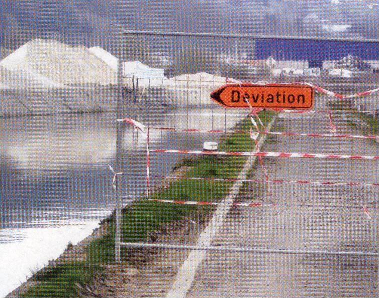 RAVeL 1 Centre (Part 5b) Tamines - Namur - Eurovelo 3 - Itinéraire n°6 - Page 2 Belgiq10