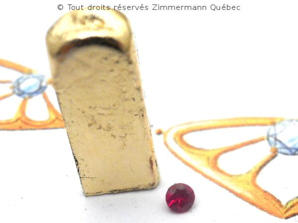 Fleur ajourée, rubis et diamants Dscn7913