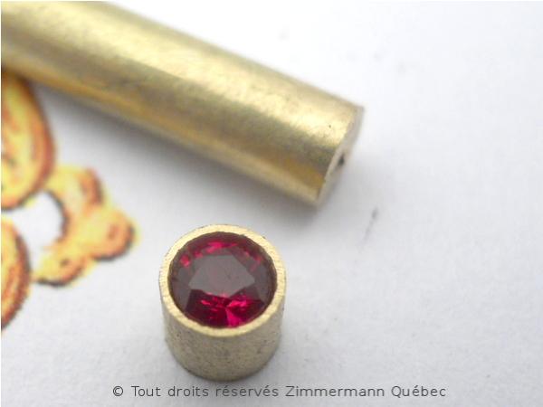 Fleur ajourée, rubis et diamants Dscn7914