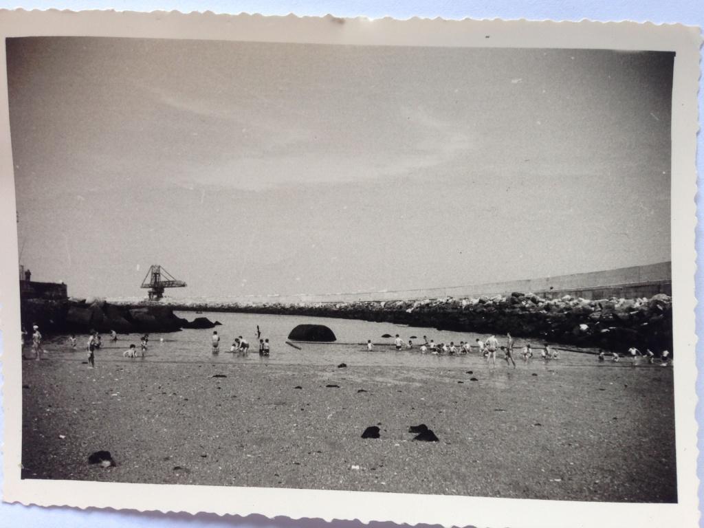 La garnison allemande quite Bayonne après avoir coulé des navires dans le port. Img_0810