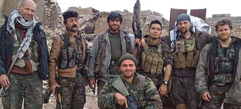 Ces Américains en guerre contre Daech Xvmb3b10