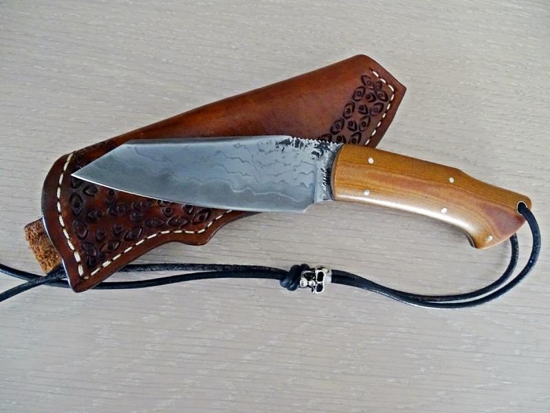 La vitrine aux couteaux... - Page 22 Dsc01114