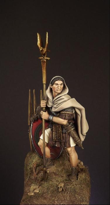 54mm Roman Aquilifer 1stC AD 001ab10