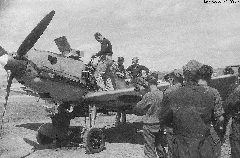 24th scale airfix 109E -Joachim Muncheberg - Page 5 Bf109e10