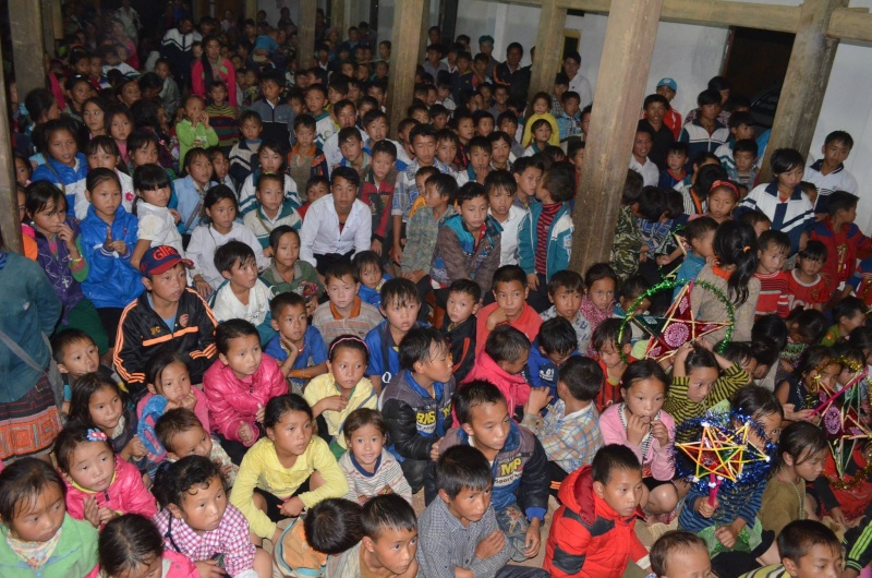 HMOOB CATHOLIC NYOB COB TSIB TEB (Hmong Catholic Vietnam) - Page 6 12027010