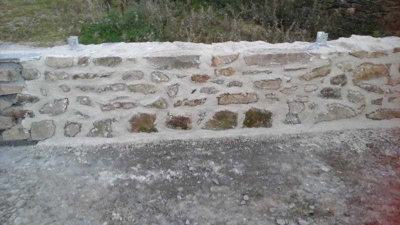 Construction muret en pierre 20150920
