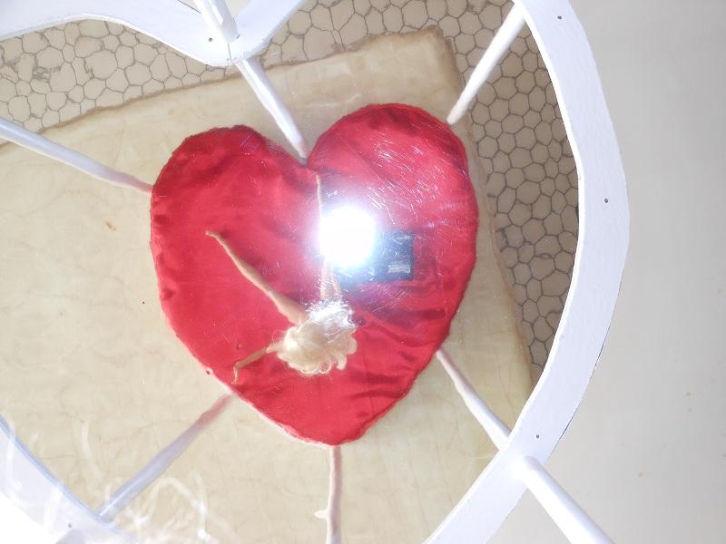 [Mobilier] Le lit coeur ou lit coquin Dscn1111