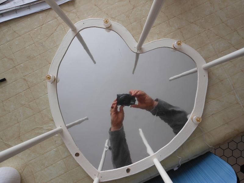 [Mobilier] Le lit coeur ou lit coquin Dscn1610