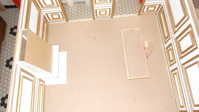[Diorama] La pièce inspirée du tableau de Gustave Caillebotte Les Raboteurs de Parquet Dscn6414