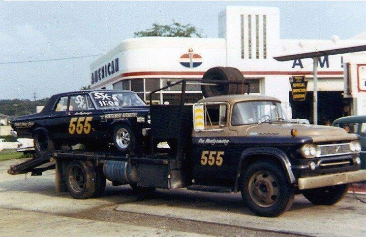 "Ford C-600 ""Tommy Grove Race Car Hauler"" (AMT) [STANDBY] - Page 3 1965-b10"