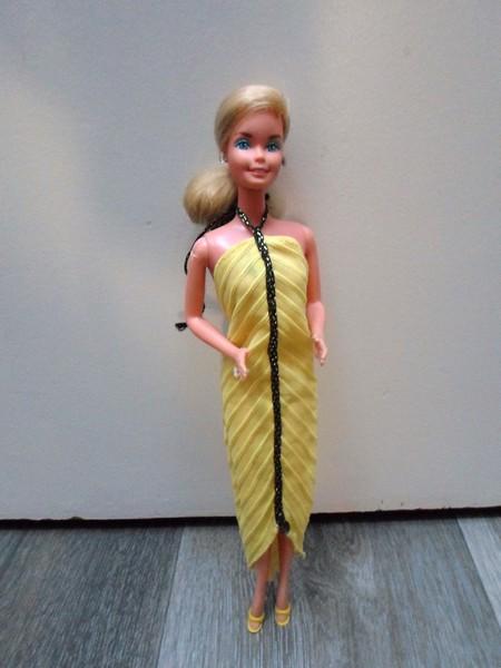 Les Barbie d'Anubislebo - Page 7 Sam_3218