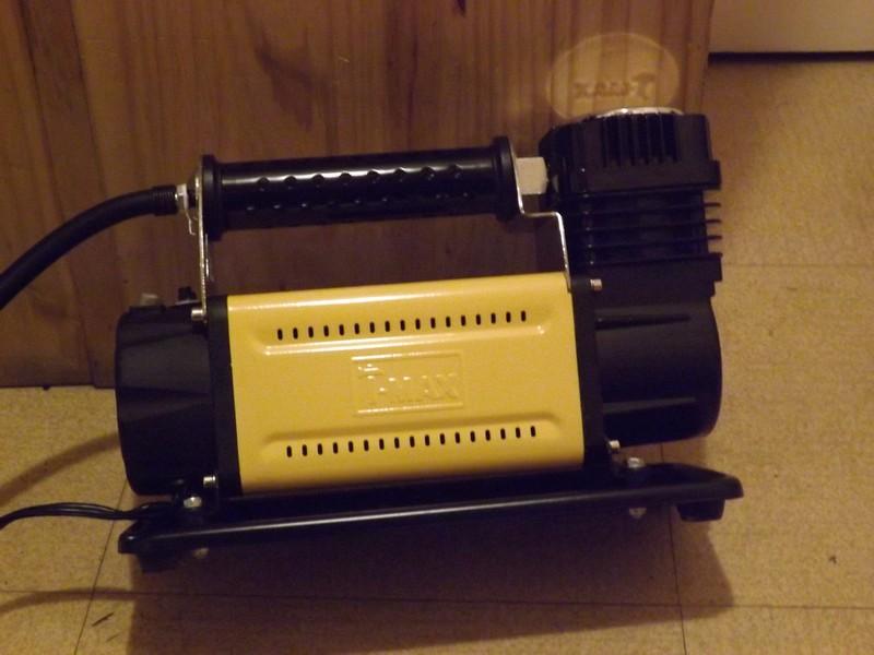 Comprèsseur d'air et kit de réparation Dscf1710