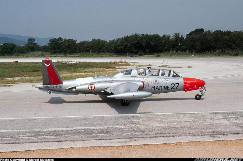 Fouga CM-175 Zéphyr-Spécial Hobby-1/72° (terminé) - Page 2 08436110